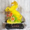 Vua ngựa vàng ngọc lưu ly bên mẫu đơn LN119