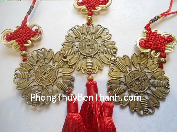 tien phuc tinh cc2003 01 Dơi đỏ là một biểu tượng dương may mắn