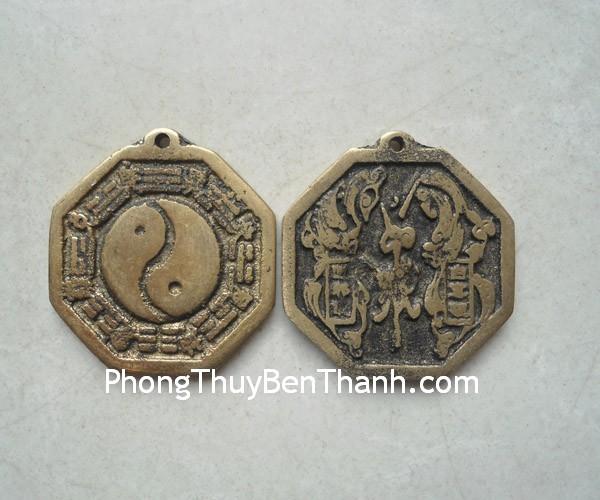 tien xu bat quai 01 Đồng tiền may mắn