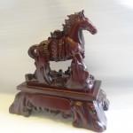ngua go cong vang a011 150x150 Ngựa gỗ cõng vàng A011