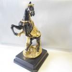 A021 ngua den yen vang 03 150x150 Ngựa đen chiêu tài tước mã A021