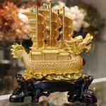 c186a thuyen buom rong vang 1 150x150 Thuyền buồm rồng vàng trên sóng vàng C186A