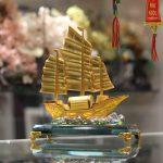 c189a thuyen vang hop kim 2 150x150 Thuyền buồm vàng bạch kim C189A