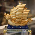 c191a thuyen buom rong de thuy tinh 150x150 Thuyền buồm rồng sóng xanh C191A