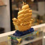 c191a thuyen buom rong de thuy tinh 2 150x150 Thuyền buồm rồng sóng xanh C191A