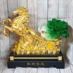 ln120 ngua vang keo cai 150x150 Thần ngựa vàng khủng kéo xe bắp cải xanh LN120