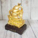 ln144 thuyen buom vang 150x150 Thuyền buồm vàng chở kim nguyên bảo LN144