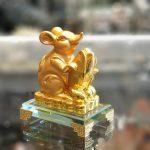 tm030 chuot vang bap vang 2 150x150 Chuột vàng ôm bắp vàng trên đế thuỷ tinh TM030